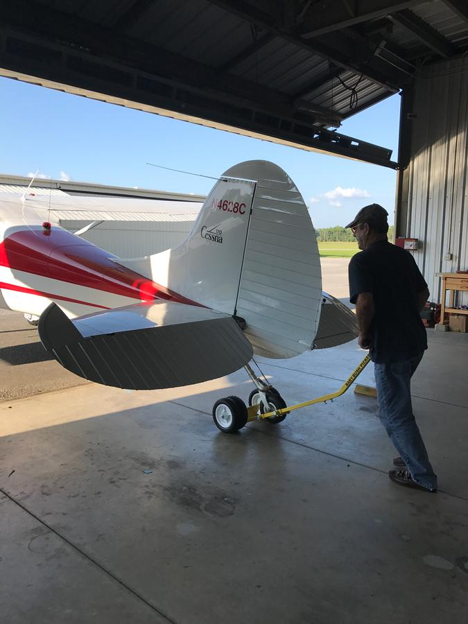 BABY BUSH PICKER-1B with a Cessna 170
