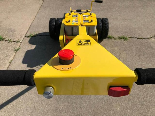 Nose-PICKER 24v Dually Tug - Variable Speed