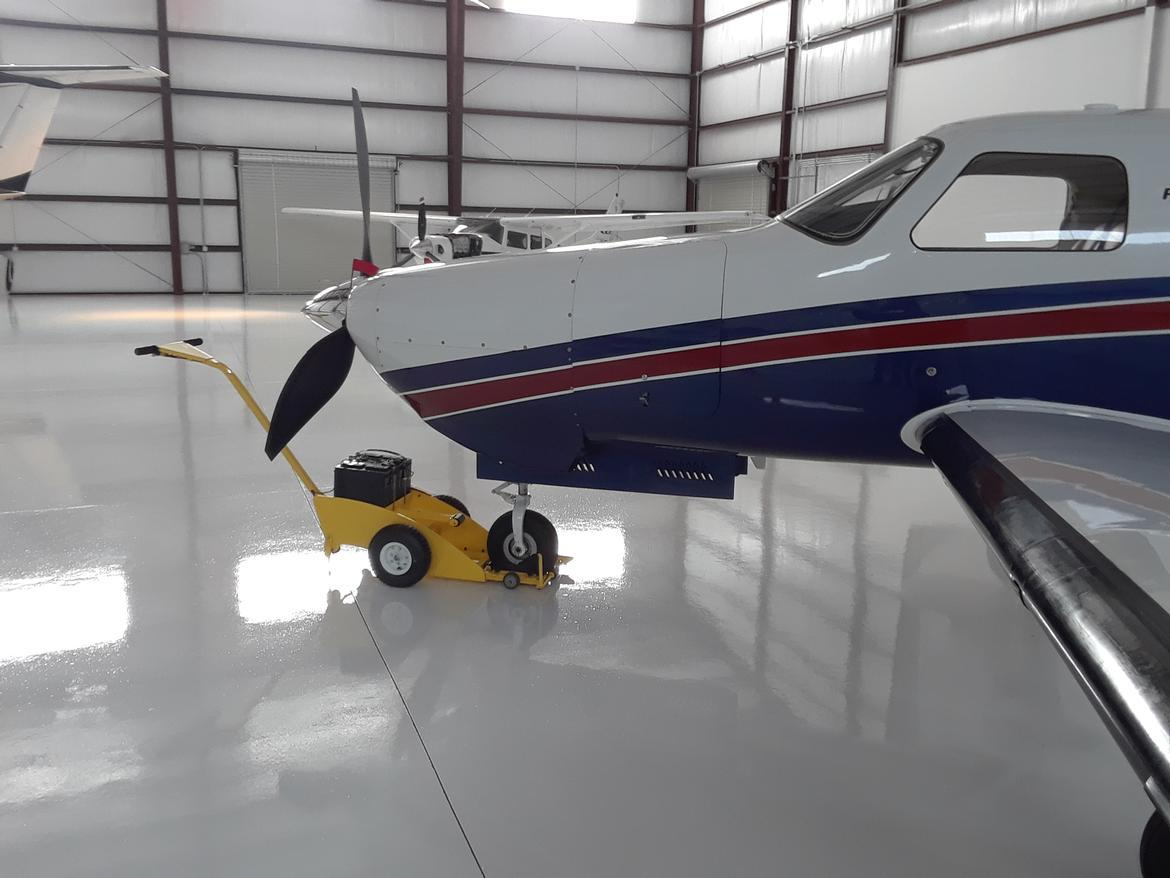 Nose-PICKER 24v, Aircraft Tug